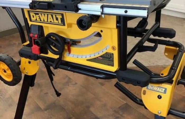 table saw assembled